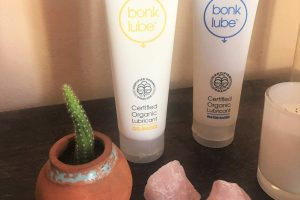 Millie Elder-Holmes reviews our organic Bonk Lube